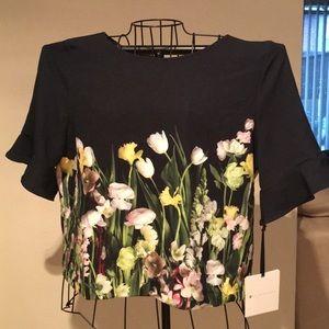 Victoria Beckham floral top 🌷🌸🌺🌹